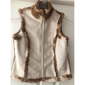 Ariat Reversible Vest. Faux fur/leather. M/L